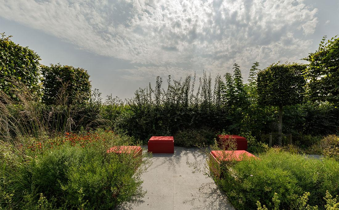 141-parktuin-vijver-water-grote-tuin-loopbrug-prairie-vasteplanten-spruyt-65.jpg