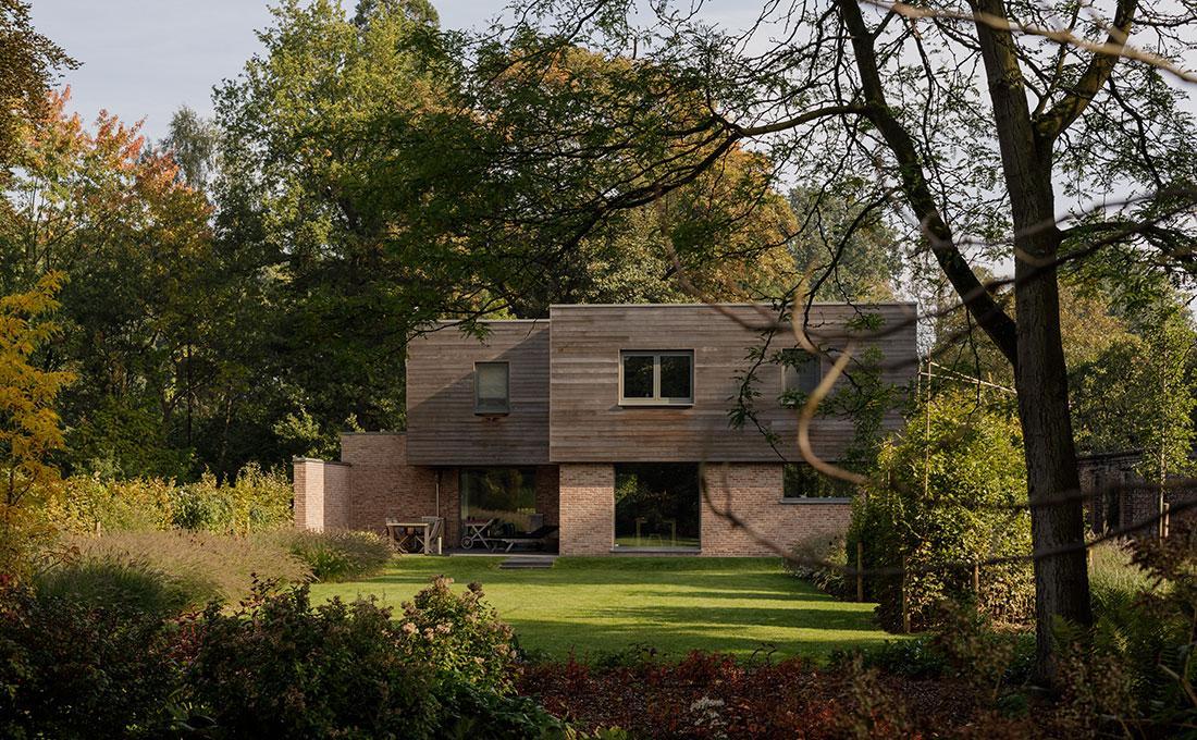 177-kasteeltuin-villatuin-multibat-topiary-carpinus-fagus-oprijlaan-natuur-natural-tuinarchitect-tuinontwerp-74.jpg
