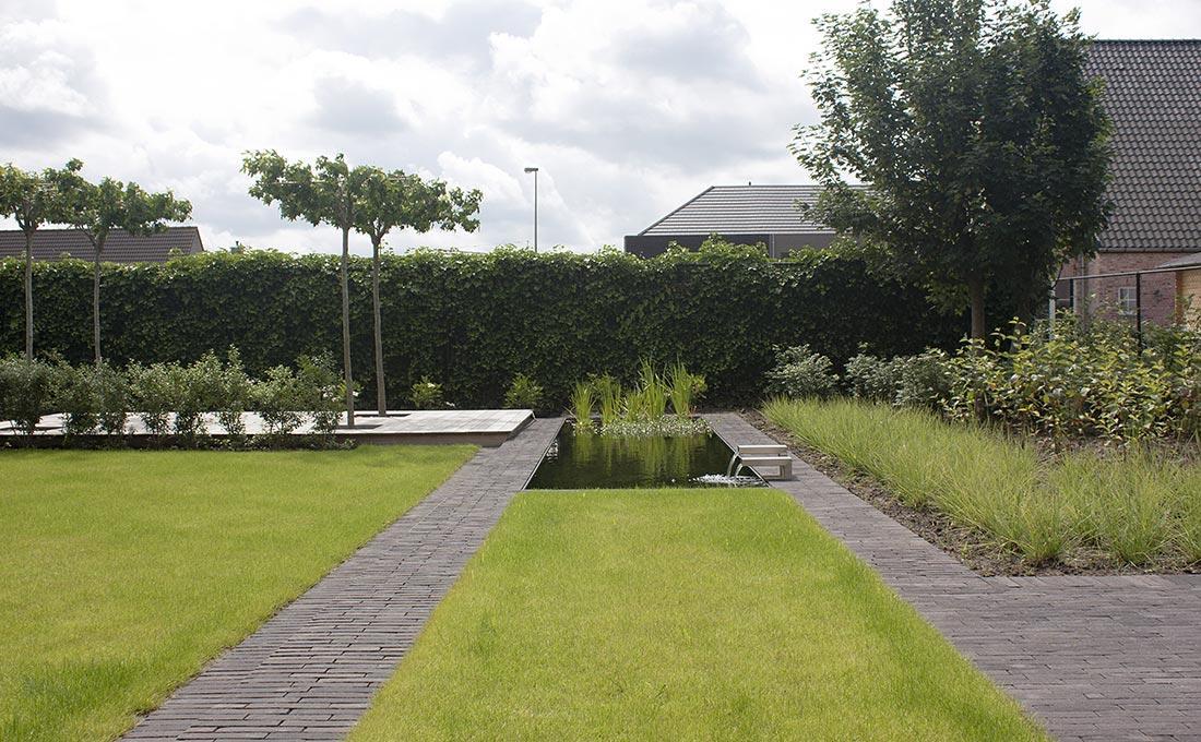 187-waterpartij-kleiklinkers-vandemoortel-dakbomen-tuinberging-spiegelvijver-50.jpg