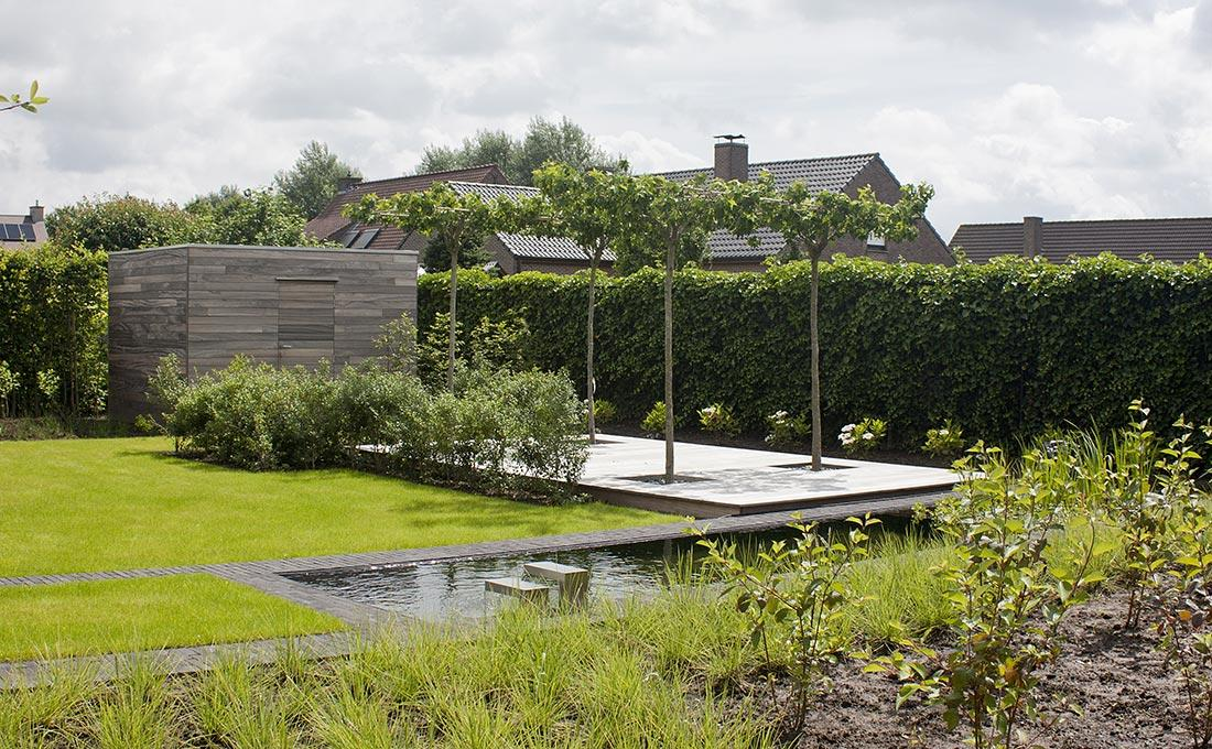 187-waterpartij-kleiklinkers-vandemoortel-dakbomen-tuinberging-spiegelvijver-56.jpg